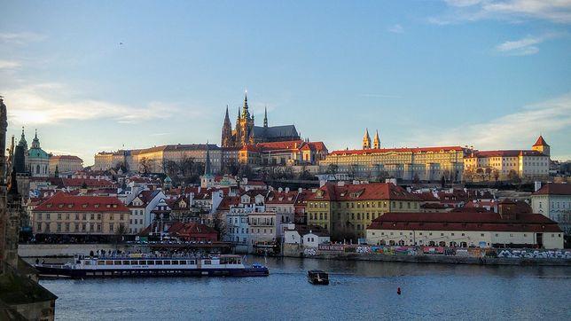 Nowe ograniczenia i stan wyjątkowy w Czechach.