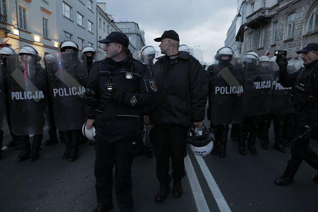 Znany dziennikarz Piotr Pytlakowski trafił na komisariat