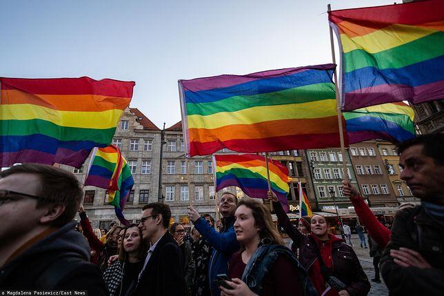 Aktywiści LGBT nie wierzą Andrzejowi Dudzie
