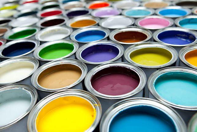Pomysłowy jak Jaś Fasola. Malował ściany używając farby i... petardy