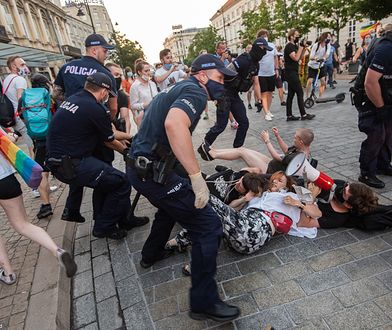 Zagraniczne media piszą o protestach, które zalały Polskę po aresztowaniu Margot