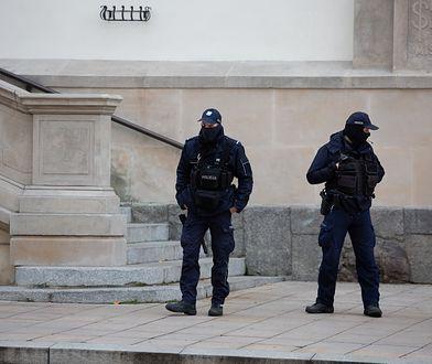 Warszawa. W święta policja zapracowana. Dużo patroli w mieście i okolicach