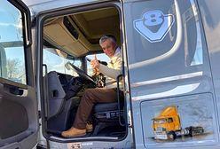 Historia z happy endem. Irański kierowca ma znowu swoją ciężarówkę