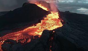 Dron wleciał w głąb wybuchającego wulkanu. Zobacz niesamowite nagranie