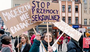 """Manify przeszły przez Polskę. """"Wasze kaplice - nasze macice"""""""