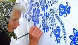 """Czeska wioska niczym dzieło sztuki. Za projektem stoi """"najzdolniejsza babcia w kraju"""""""