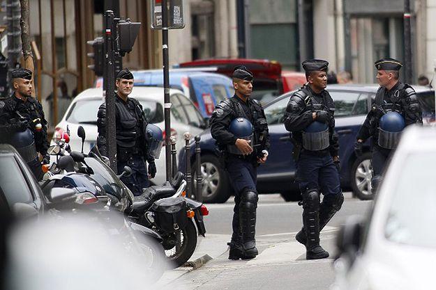 Policyjna akcja antyterrorystyczna w Paryżu. Zatrzymano mężczyznę