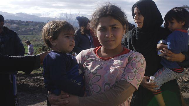 Polacy pomagają syryjskim uchodźcom przetrwać zimę w Libanie. Nawet wizyta lekarza jest tam wydarzeniem