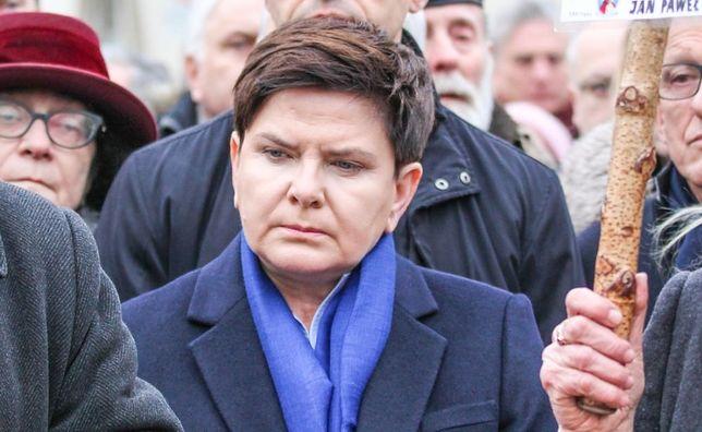 """Wpis Beaty Szydło o """"pomaganiu"""". Ludzie są rozczarowani jej słowami"""
