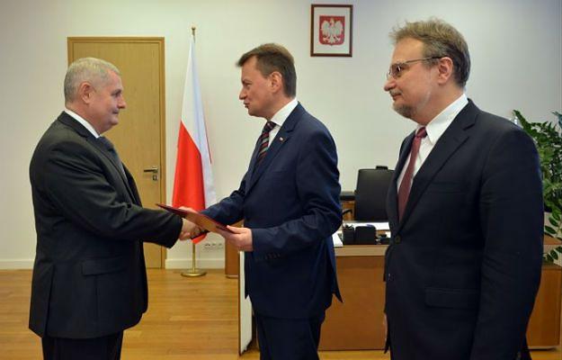 Nowy szef SG Marek Łapiński odebrał nominację od ministra Mariusza Błaszczaka