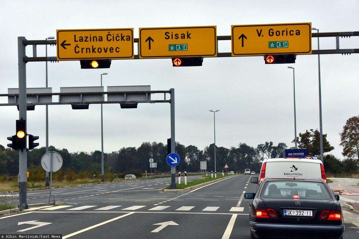 """Czesi chcą jechać na wakacje. Biura podróży chcą specjalnych """"korytarzy"""""""
