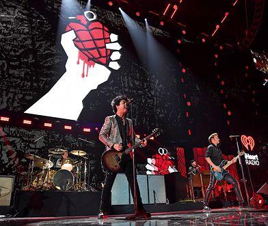"""Green Day z nowym numerem """"Father Of All..."""". W klipie wyrazili poparcie dla polskiej społeczności LGBT"""