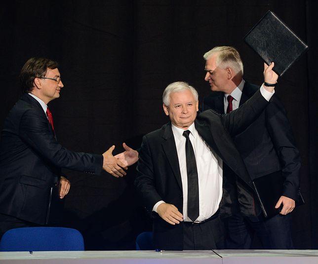 Liderzy PiS, Solidarnej Polski i Polski Razem po podpisaniu porozumienia w 2014 roku