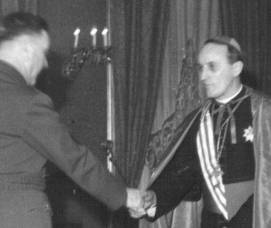 Ante Pavelić i Alojzije Stepinac, zdjęcie z okresu II wojny światowej
