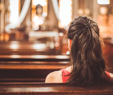 Bierzmowanie w Polsce przyjmuje się w parafii przypisanej do miejsca zamieszkania.