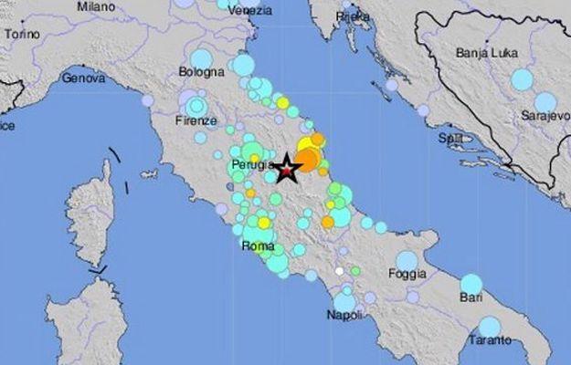 Silne trzęsienie ziemi we Włoszech. Trzy osoby wydobyte spod gruzów