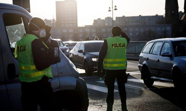 Policjanci przez pandemię mają o wiele więcej pracy