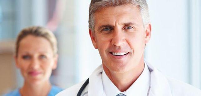 Ginekolodzy naciągają pacjentki. Ile muszą im płacić?