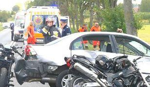 Miłosna. Tragiczny wypadek motocyklistów. Jeden nie żyje