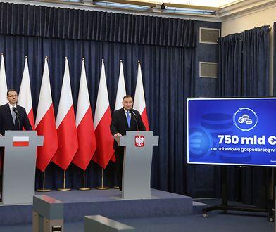 Warszawa, 28.05.2020. Prezydent Andrzej Duda i premier Mateusz Morawiecki podczas wspólnego oświadczenia na temat funduszy Unii Europejskiej.