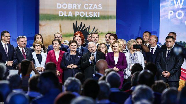 """Wybory 2019. Jak język """"dobrej zmiany"""" wpłynął na Polskę?"""
