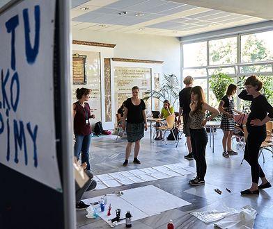Protest studentów: prośba o mleko sojowe i gry. W sieci zawrzało