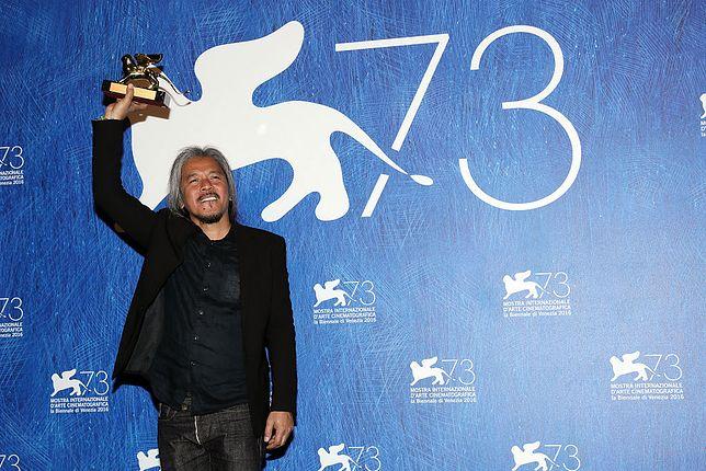 """Lav Diaz, reżyser filmu """"Kobieta, która wyszła"""", nagrodzonego Złotym Lwem w 2016 r."""