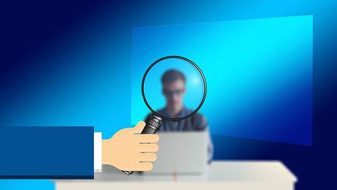 Niuanse licencyjne Windowsa, czyli rzecz o tanich kluczach z internetu i piractwie