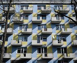 Sopot. 6-latek rzucał przedmiotami z balkonu. Policja interweniowała