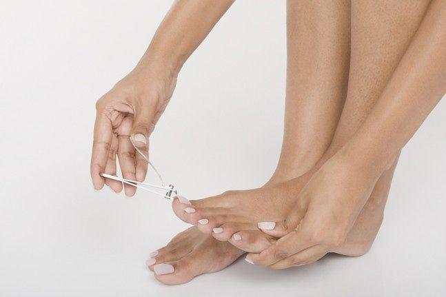 Obcinanie paznokci stóp