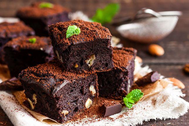 Ciasto czekoladowe i inne smakołyki z burakami