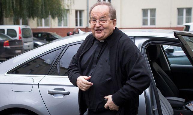 Ojciec Rydzyk zarządza wieloma instytucjami.