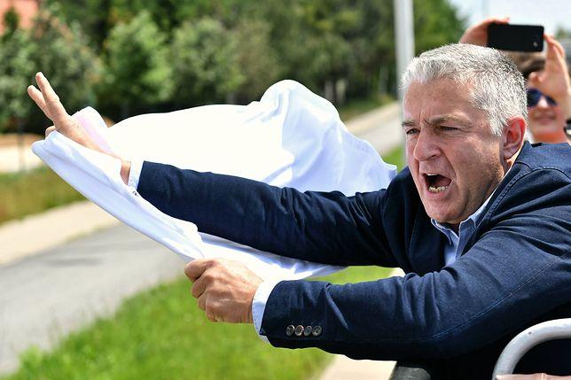 Władysław Frasyniuk o wulgarnych okrzykach: opozycja dała się ugrzecznić