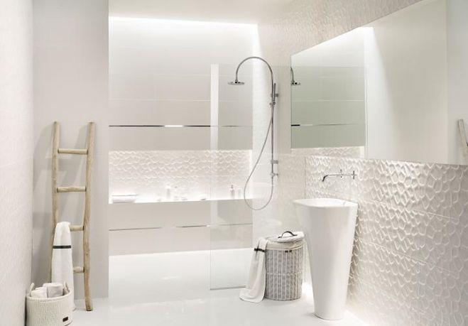 Mniej znaczy więcej, czyli minimalizm w łazience