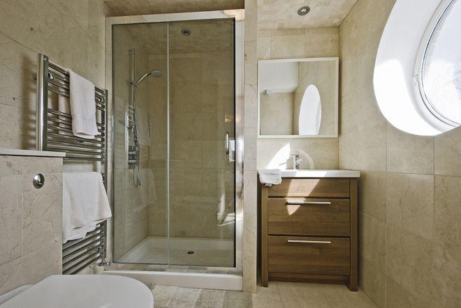 Jak uszczelnić brodzik w kabinie prysznicowej?