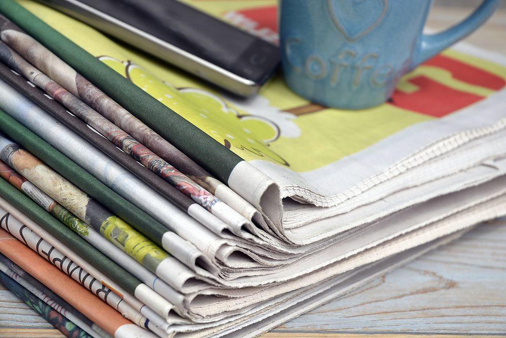 Czy gazety muszą leżeć na stercie? Zrób z nimi porządek