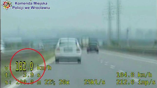 Wrocław. 182 km/h po pijaku. Policjanci zatrzymali niebezpiecznego kierowcę