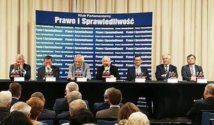 Posiedzenie klubu PiS. Wiemy, o czym mówił Jarosław Kaczyński