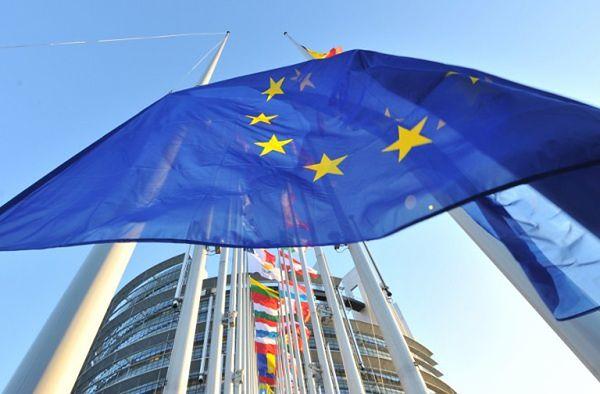 PE uchwalił rezolucję wzywającą do gotowości ws. sankcji na Rosję