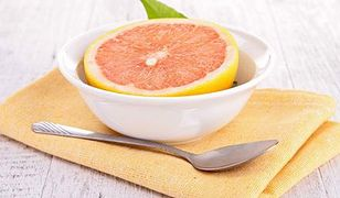 Grapefruity - kto powinien po nie sięgać, a kto unikać?