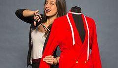 Moda na stroje eksponujące talię
