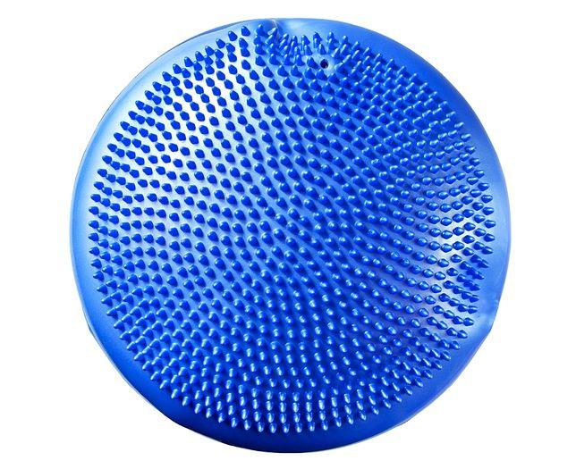 Poduszka sensomotoryczna: jak wybrać i stosować poduszkę sensoryczną?
