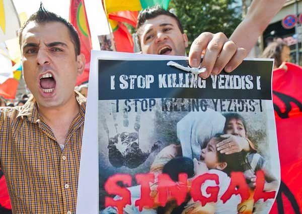 Sunniccy islamiści uważają wyznawców synkretycznej religii za czcicieli diabła i prześladują ich