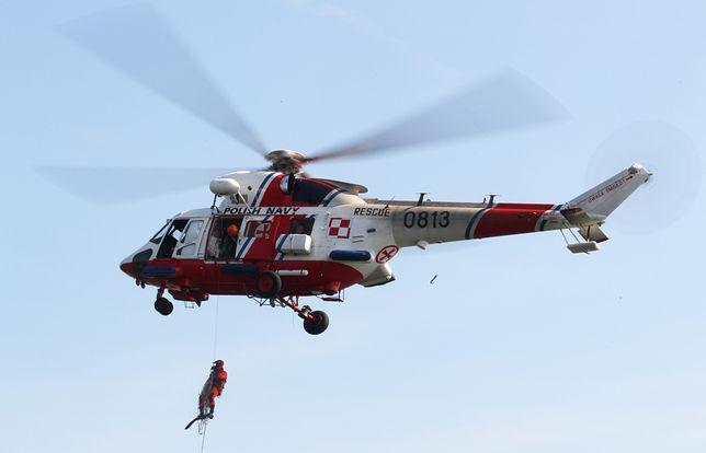Śmigłowce SAR wzywane są do potrzebujących pomocy pasażerów promów, rybaków czy żeglarzy w całej polskiej strefie brzegowej.