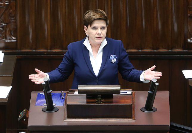 Beata Szydło broniła premii przyznanych ministrom