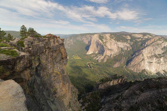 Tragedia w Parku Narodowym Yosemite. Para w trakcie oświadczyn zsunęła się ze skały