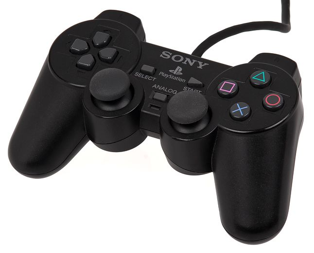 DualShock 2 - podstawowy kontroler PlayStation 2