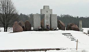 Ukraina. Po raz kolejny zniszczono pomnik Polaków w Hucie Pieniackiej