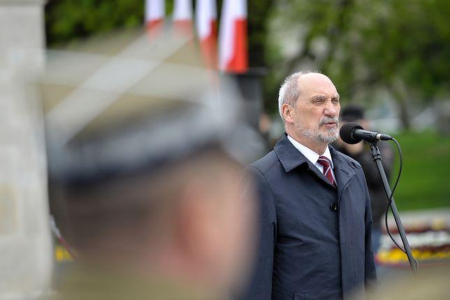 Macierewicz: Polska nigdy nie kolaborowała