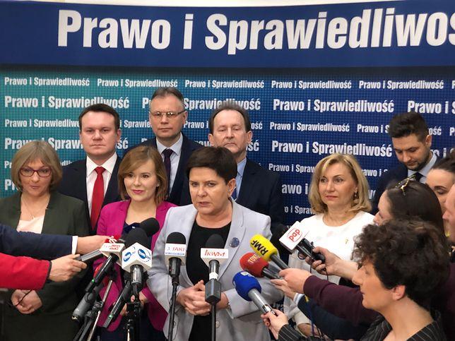"""Beata Szydło zaprezentowała """"silną reprezentację"""""""